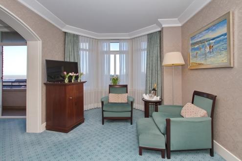 De superior kamer zijn ook voorzien van een bureau.